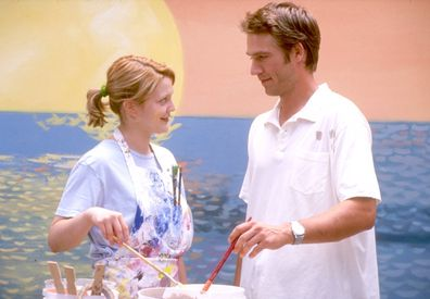Michael Vartan and Drew Barrymore star in Never Been Kissed.