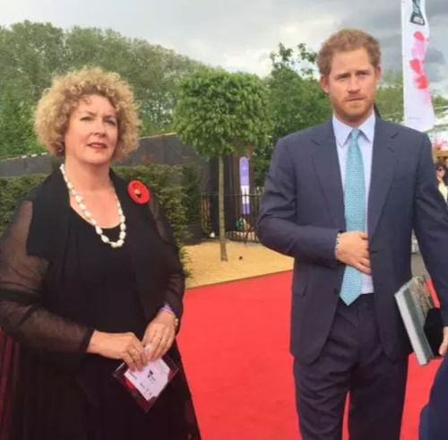 Lynn Berry meets Prince Harry at the Chelsea Flower Show in London where the 5000 Poppy project held a display. (Photo: 5000 Poppies).