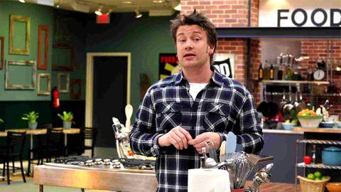American schoolkids hate Jamie Oliver's healthy menu, prefer junk food
