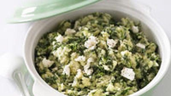 Spinach mash with garlic and fetta