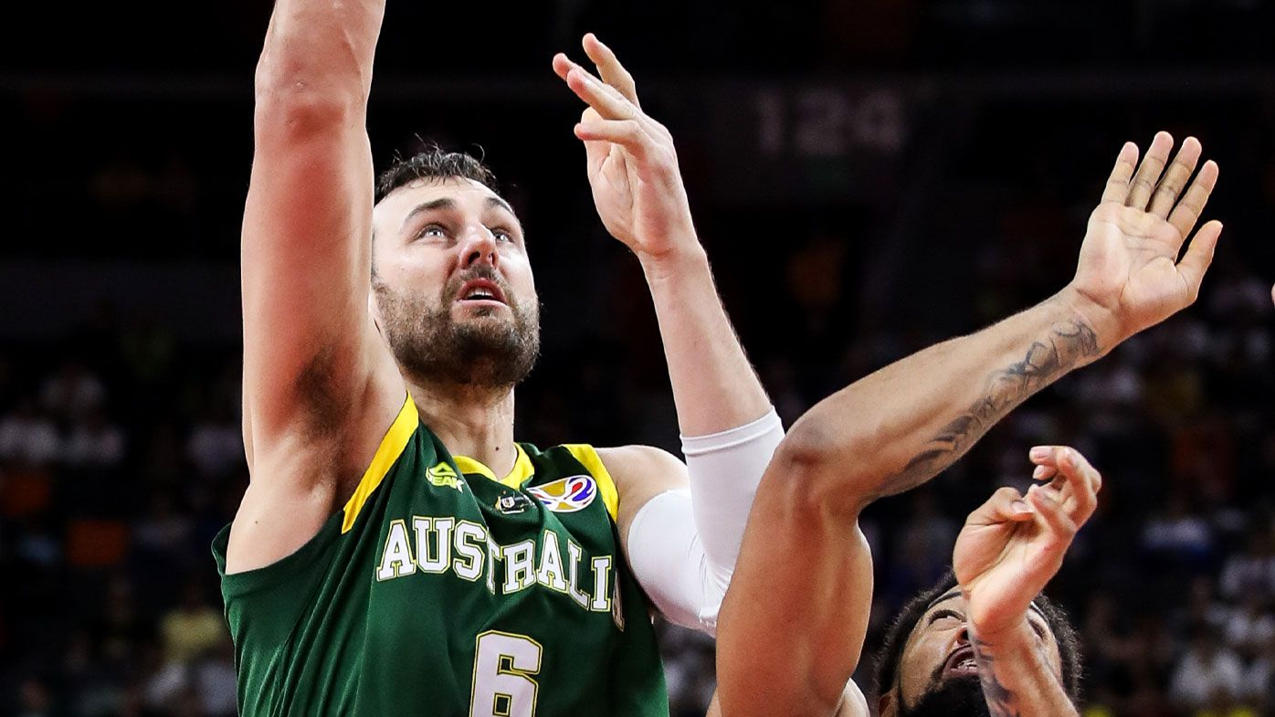 Andrew Bogut booed by Chinese crowd in Boomers' opening World Cup win