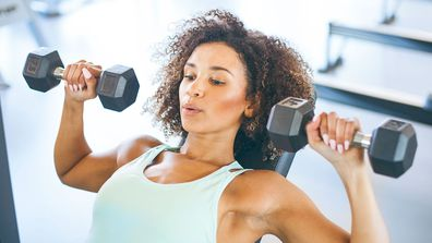 Chest press with free weights