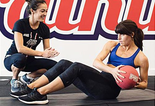 F45 trainer and trainee (F45 Training/Instagram)