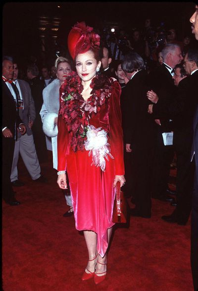 Madonna in Givenchy at the December 1996 <em>Evita</em> premiere in Los Angeles