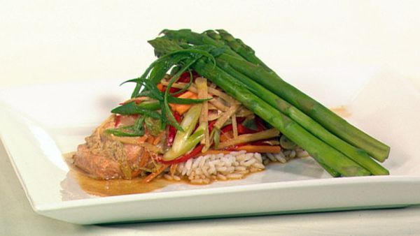 Steamed chinese fish with asparagus