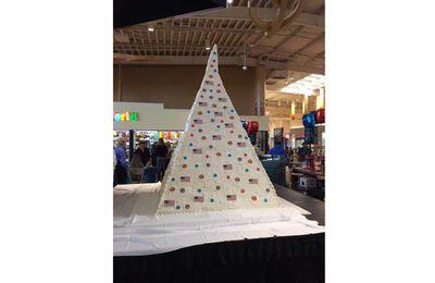 Tallest cake pyramid