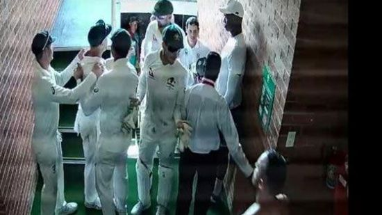 David Warner and Quinton de Kock involved in dressing room altercation after alleged comment's about Aussie's wife