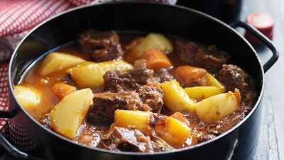 "<a href=""http://kitchen.nine.com.au/2016/05/16/17/02/andalucian-lamb-stew-with-saffron"" target=""_top"">Andalucian lamb stew with saffron</a>"