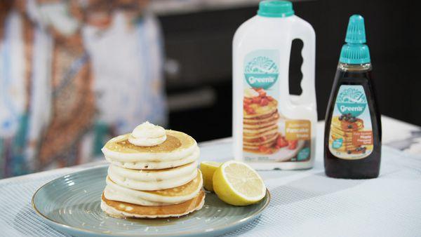 Ricotta and lemon-filled pancakes