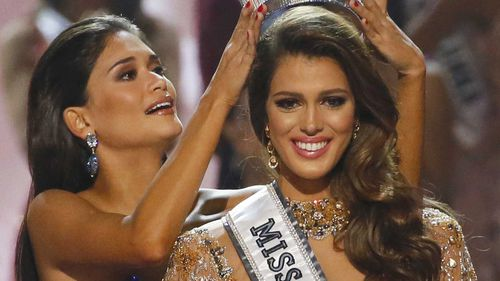 Iris Mittenaere from France is crowned Miss Universe. (AAP)