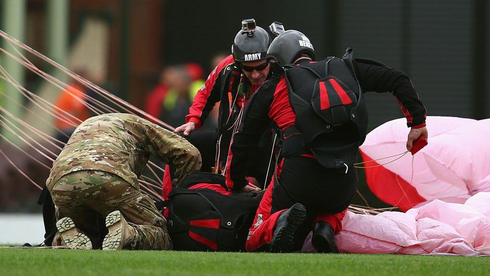 Parachutist injured at SCG