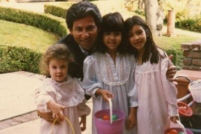 Sadly, Robert Kardashian died from esophageal cancer in 2003, leaving behind his three daughters and one son.