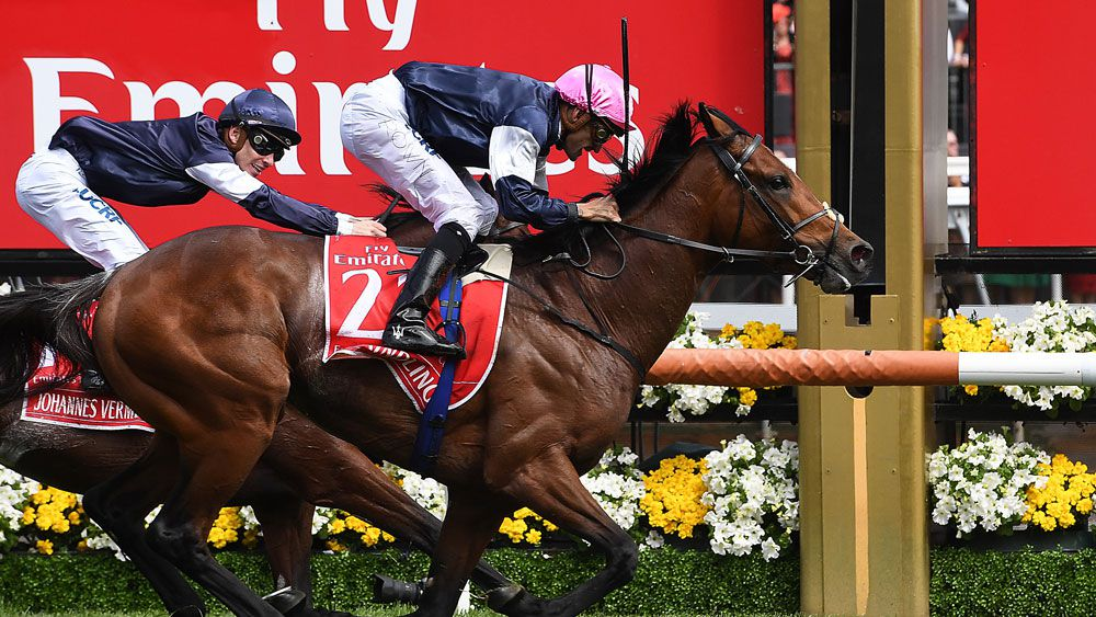 Rekindling wins Melbourne Cup 2017 ahead of Johannes Vermeer and Max Dynamite
