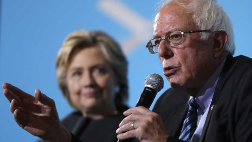 Bernie Sanders campaigns for Hillary Clinton in Durham, New Hampshire. (AP)