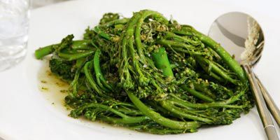 Broccolini with lemon