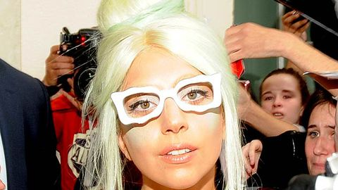 Lady Gaga asks fans to help her illegally download TV show