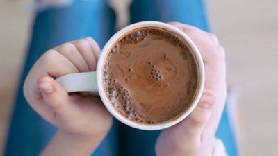 "<a href=""http://kitchen.nine.com.au/2017/02/17/19/41/anti-inflammatory-hot-chocolate"" target=""_top"">Anti-inflammatory hot chocolate</a><br /> <br /> <a href=""http://kitchen.nine.com.au/2017/02/17/20/21/sarah-wilsons-anti-inflammatory-ingredients"" target=""_top"">RELATED: Sarah Wilson fights puffiness with food &mdash; recipes for inflammation</a>"