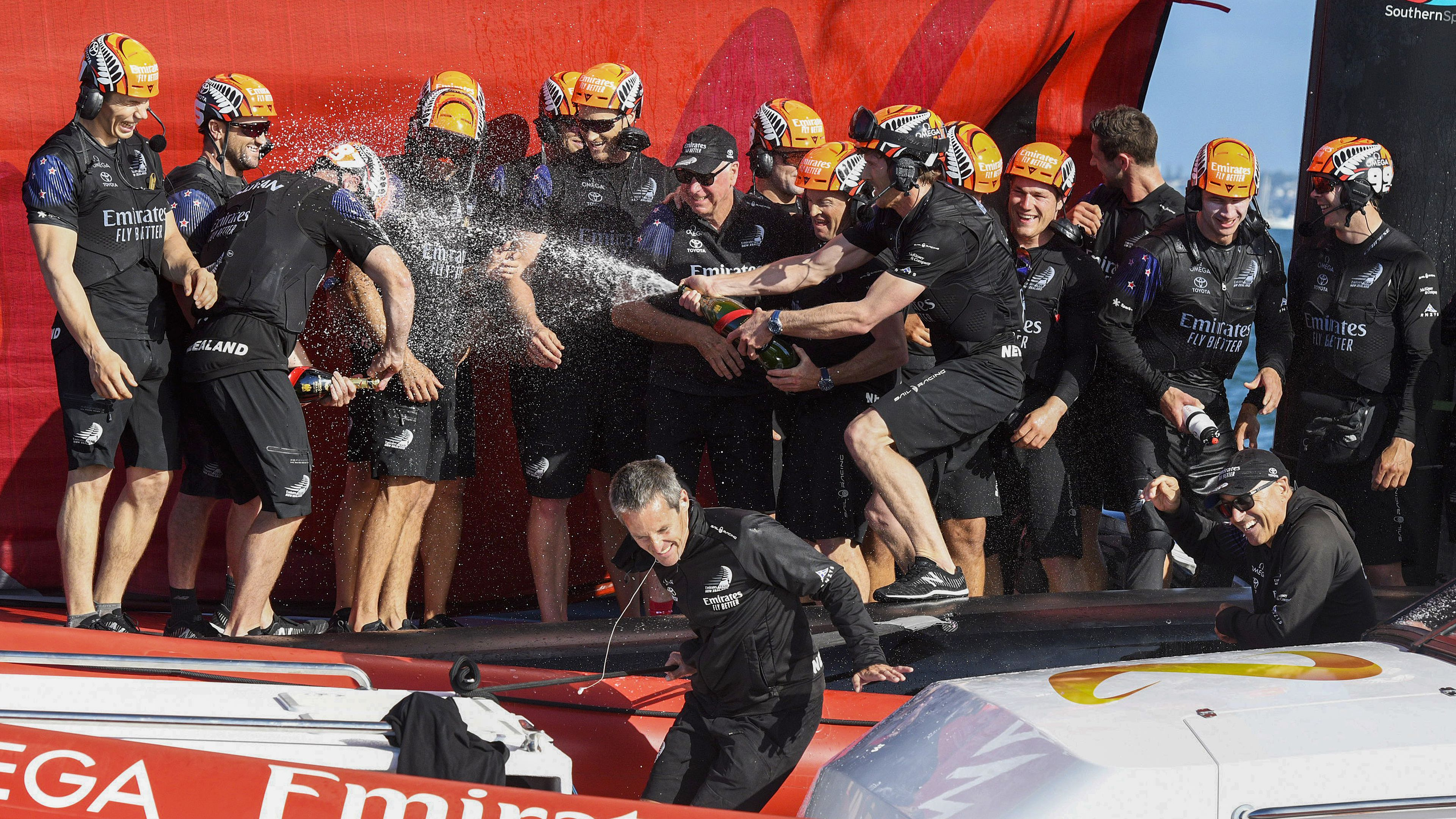 New Zealand retain America's Cup, beating Italy comfortably