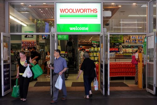 Starting tomorrow, all customers at Woolworths stores in Mossman and Noosa will have to bring reusable bags or pay for them in-store. (AAP)