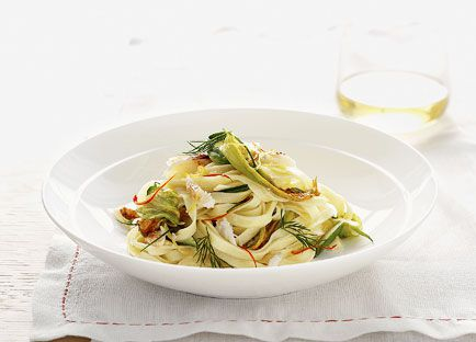 Zucchini flower and crab linguine