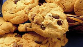 Chunky choc-chip cookies
