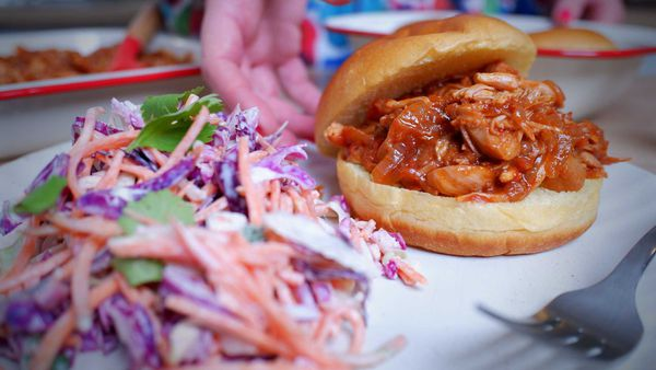 9Honey Every Day Kitchen: Yes, jackfruit 'pulled pork' is vegetarian and damned delicious