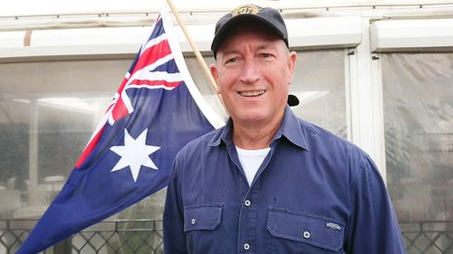 Politicians have called into question Senator Fraser Anning's right to stand in parliament after he attended a far-right rally in Melbourne yesterday.