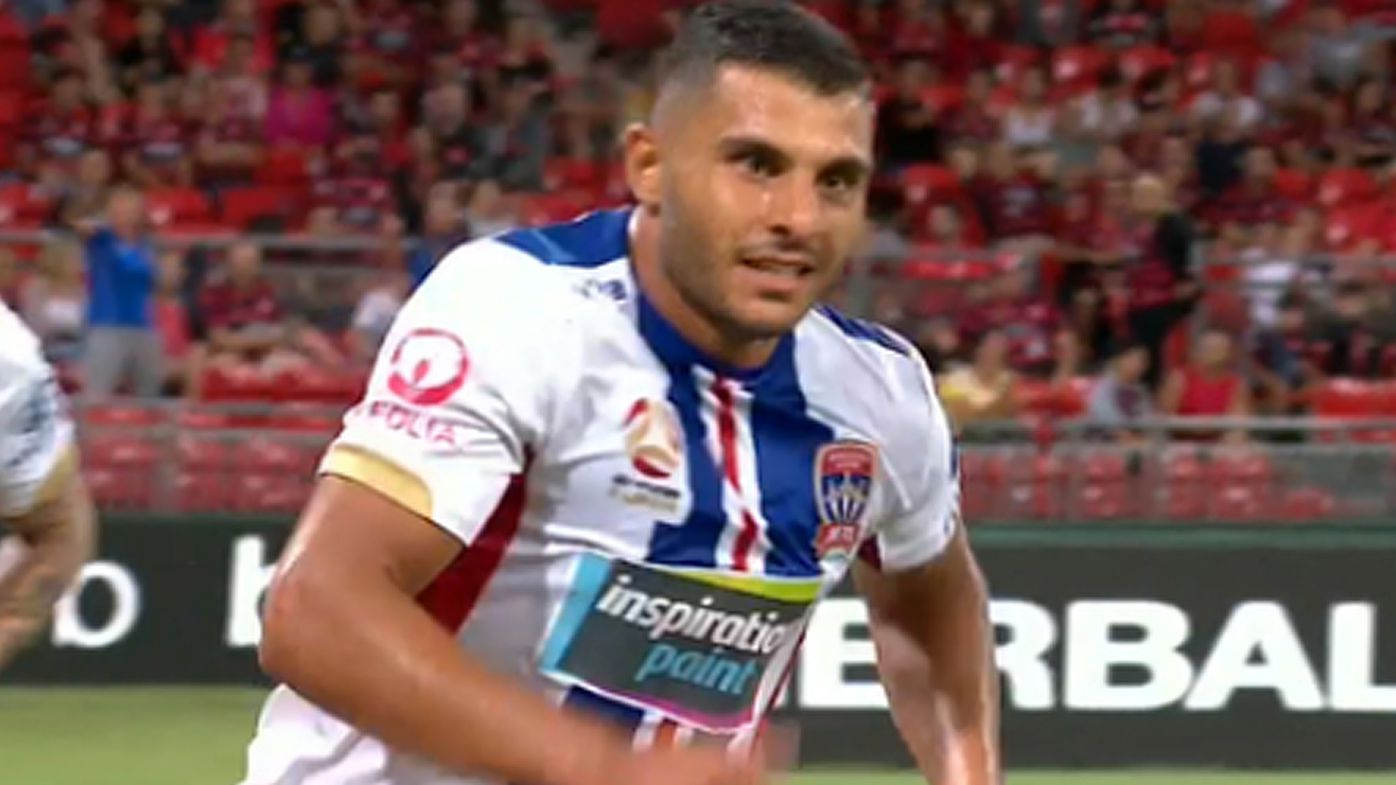 A-League: Andrew Nabbout 'goal of the year' contender helps Newcastle Jets hold Wanderers to a draw
