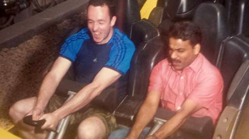 Generous man invites taxi driver into theme park after learning he couldn't afford it