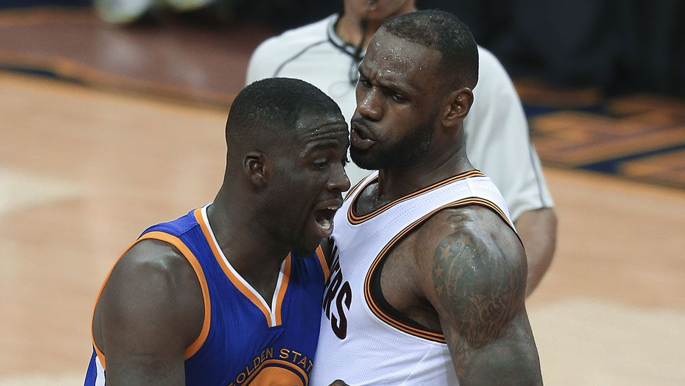 Draymond Green (l) and LeBron James. (AAP)