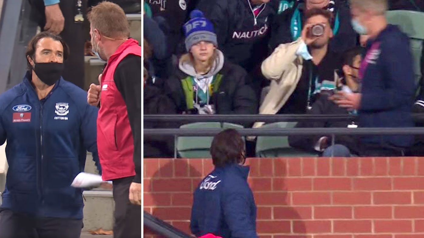 'Ridiculous in any stadium in the world': Geelong coach Chris Scott clashes with Power fans