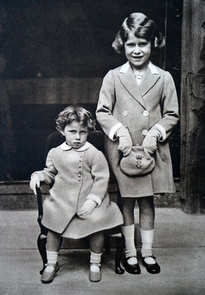Princess Elizabeth with Princess Margaret in 1933