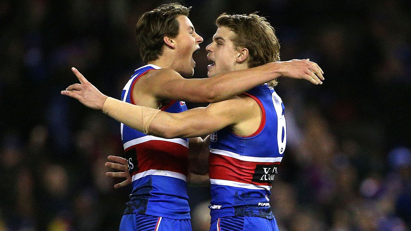 Josh Dunkley unstoppable as Western Bulldogs continue winning ways over Melbourne