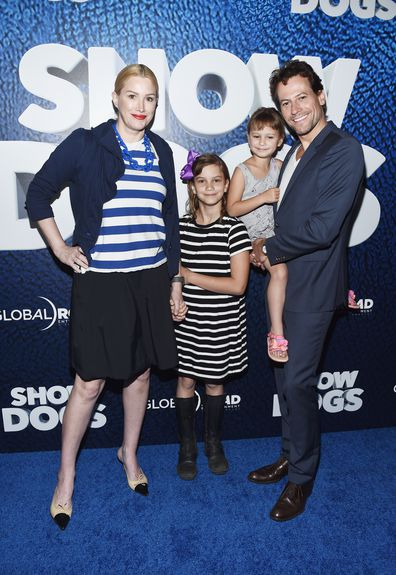 Ioan Gruffudd and Alice Evans with their daughters Ella and Elsie at the LA premiere of Show Dogs in 2018.