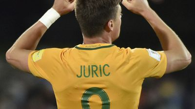 Tomi Juric: Used his physical presence to put the pressure on and skied a late chance - 7