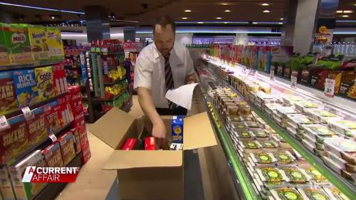 Both Woolworths and Coles offer the online service. (ACA)