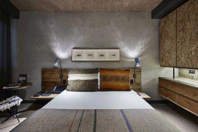 Cosy Atrium Room
