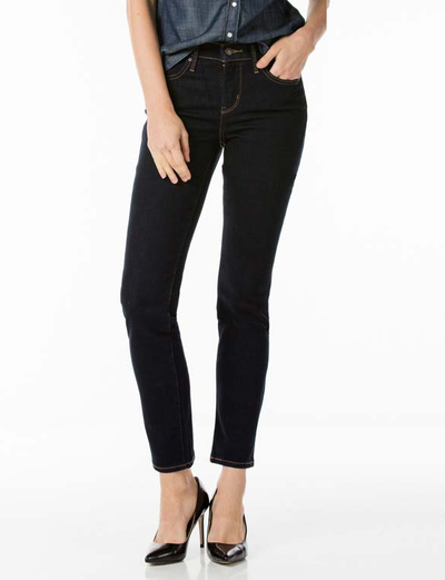 "<a href=""http://www.levis.com.au/women/clothing/bottoms/312-shaping-slim-jeans-6901462673921.html?cc=196270024"" target=""_blank"">Levis 312 Shaping Slim Jeans, $119.95.</a>"
