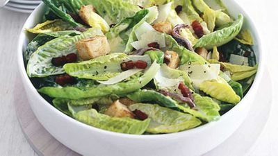 "Click here for our classic <a href=""http://kitchen.nine.com.au/2016/05/19/19/44/caesar-salad"" target=""_top"">Caesar salad</a> recipe"