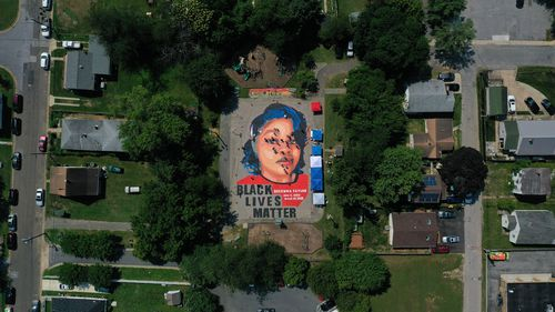 America's heart breaks over police shooting of black woman Breonna Taylor