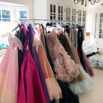 "<p>E! Host Giuliana Rancic posted a photo of her red-carpet options.</p> <p>""Oscar fitting for Sunday's big show. Just picked the one. Can't wait,"" captioned Rancic.</p>"
