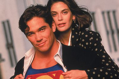 Before Smallville and Henry Cavill was 90's Lois and Clark - Terri Hatcher and Dean Cain. They made a seriously cute pair.