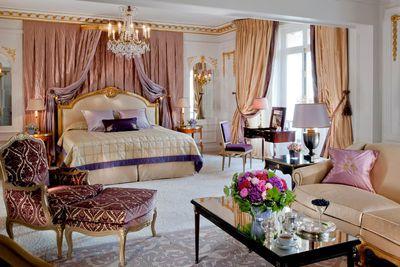 <strong>Hotel Plaza Ath&eacute;n&eacute;e, Paris, France</strong>