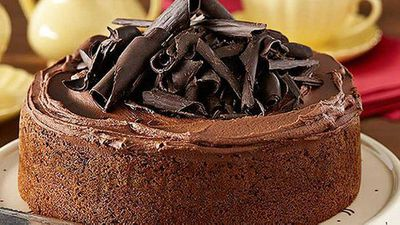 "Recipe:&nbsp;<a href=""http://kitchen.nine.com.au/2016/05/05/11/06/the-original-one-bowl-chocolate-cake"" target=""_top"">The original 'one bowl' chocolate cake</a>"