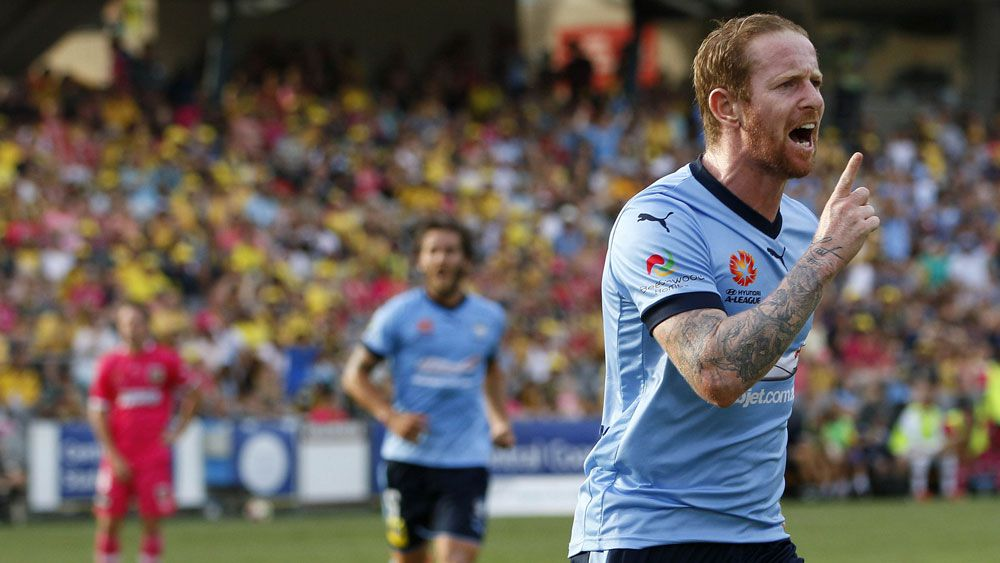 Sydney FC squeeze out Mariners in A-League