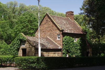 <strong>Cook Cottage&nbsp;</strong>