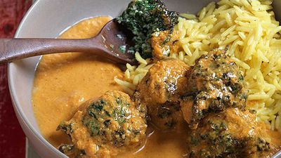 <strong>Anjum Anand's fluffy spinach koftas in a creamy tomato curry</strong>