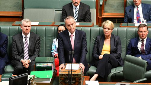 Labor leader Bill Shorten delivers the apology.