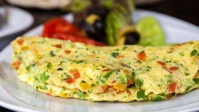 "Recipe:<a href=""http://kitchen.nine.com.au/2016/11/07/16/38/susie-burrells-hangover-cure-zucchini-omelette"" target=""_top"">Susie Burrell's hangover cure zucchini and mushroom omelette</a>"