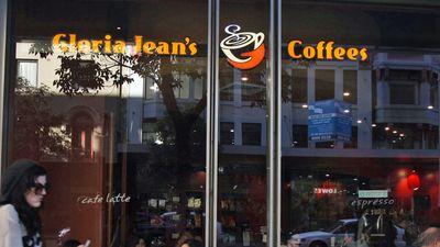 18. Gloria Jean's Coffee (405 serving size / 1134 kJs)